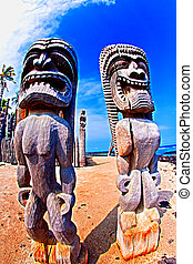 Tikis at Place of Refiuge in Kona Hawaii - Tikis at Place of...