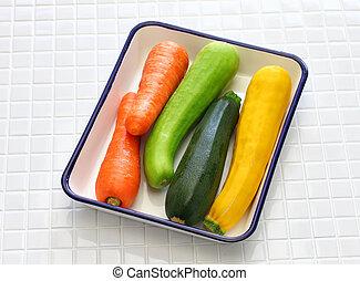 ingredients of vegetable noodles, vegetarian cooking