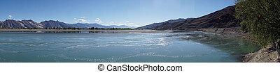 Lhasa rivver - Lhasa river of Kyi River in Tibet, China