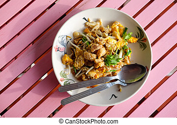 The one of Thailand's national main dish (PAT-THAI)....