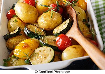 abobrinha, pimenta, assando, sino, batatas, gostoso,  macro, horizontais,  food:, ASSADO, tomates, prato