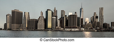 New York skyline with color wash look - Clasic view of New...