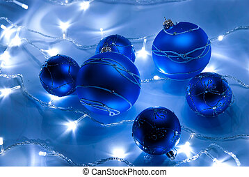 Blue balls - Blue christmas balls with white garland