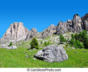 Valle del Vajolet in Dolomites,Italien Alps. - Beautiful...
