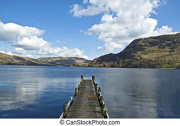 Lakeland - pier into lake