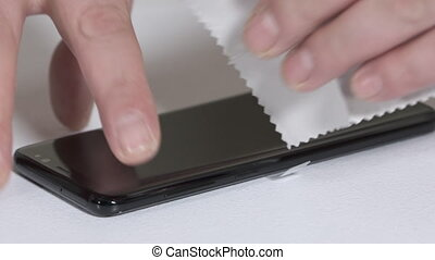 Applying a screen protector on new smart phone