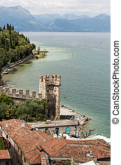 The holiday resort town of Sirmione on Lake Garda, Lombardy,...