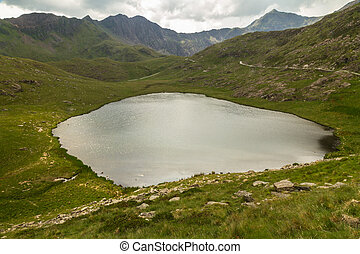 Snowdon Miners track by LLyn Teryn - Miners track to summit...