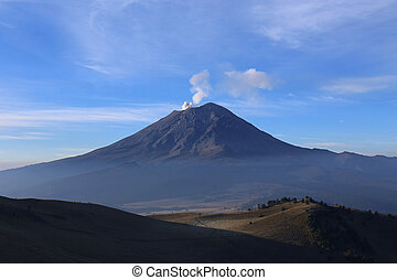 Active Volcano Popocatepetl in Mexico - Active Volcano...