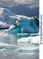 Lake Jokulsarlon Iceland - iceberg photographed by...