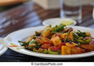 Stir fried chicken at a restaurant in Hoi An, Vietnam