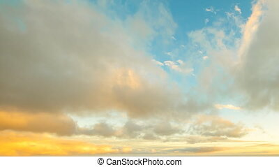 Hawaiian sunset sky - Blue sky with moving clouds time lapse...