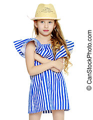 Beautiful little girl 5-6 years. - A stylish little girl...