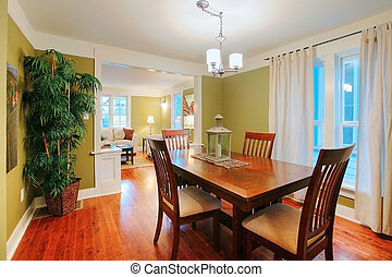 Dining room in a home for sale in Tacoma