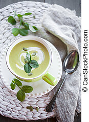 Pea soup - Fresh and healthy green pea soup