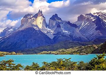 Cuernos Del Paine - Stunning Cuernos del Paine peaks in...
