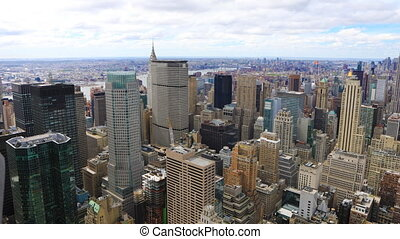 Aerial timelapse of midtown Manhattan in New York - An...