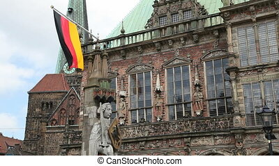 Bremen, Germany. - The townhall and statue of Roland in...