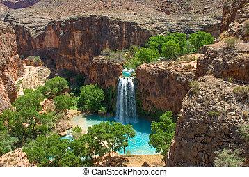 Havasu Falls Landscape Image - Havasu Falls Oasis in the...