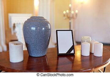 cremação, Quadro, foto, urna, igreja, velas