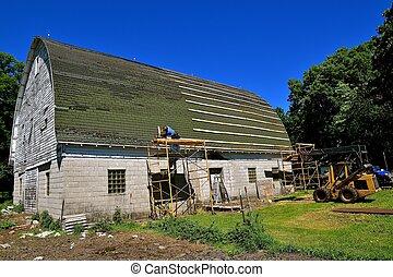 Preparing barn roof for metal sheeting