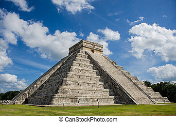 Castle of Kukulcan - Main building at Chichen Itza