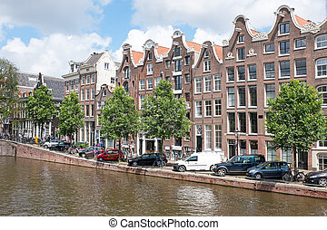 Dutch traditonal houses at the Prinsengracht in Amsterdam...