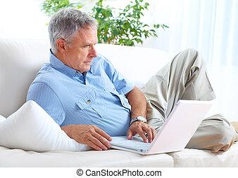 Sênior,  laptop, homem