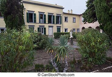 Napoleon's garden - Famous place famous person, garden of...