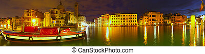Dawn breaking on the Grand Canal - Dawn breaks over the...