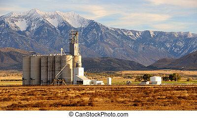 Old Grain Elevator in Utah Valley