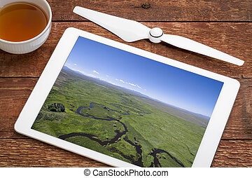 river meanders in a wide mountain valley - Illinois River...