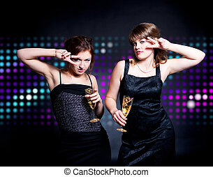 dos, mujeres, bailando