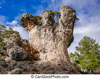 Karstic formations in the Majadas park, Cuenca - Detailed...