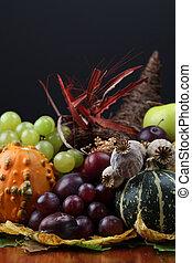 Outono,  cornucópia