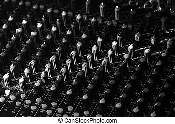 Sound mixer for creative people - Mixing console for Studio,...