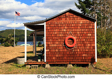 Boathouse - A charming boathouse on the Hood Canal in...