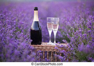 Delicious champagne over lavender. - Delicious champagne...