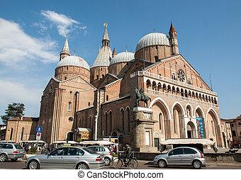 Basilica di Sant'Antonio da Padova, in Padua, Italy - PADUA,...