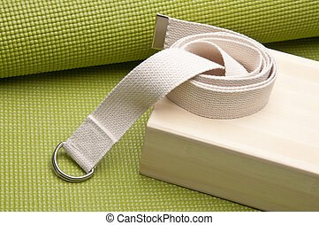 Yoga Practice Equipment : Mat, Strap and Bamboo Block
