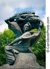 Frederic Chopin Statue - Frederic Chopin statue in Warsaw's...