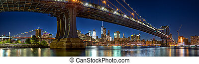 Manhattan and Brooklyn Bridge panorama