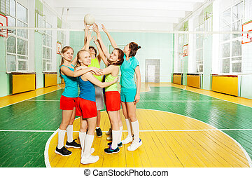 Volleyball teambuilding position - Sporty teenage girls,...