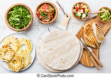 Ingredients for chicken tacos with grilled pineapple