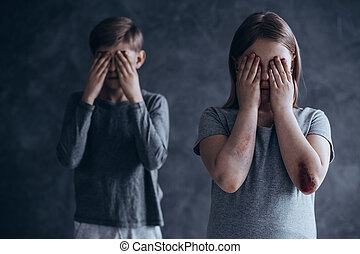 Siblings from dysfunctional family - Injured and terrified...