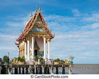 Wat Hong Thong in Chachoengsao, Thailand - Wat Hong Thong, a...