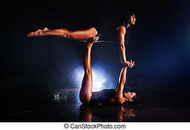 Women gymnasts