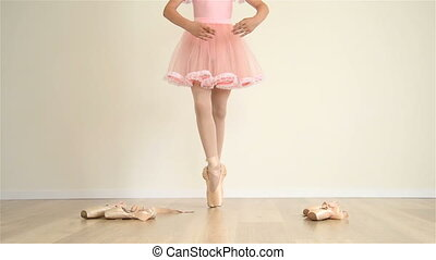Ballerina In Pointe Shoes - Young Ballerina In Pink Dress...