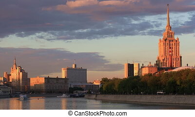 Moscow river in the evening sun - Moscow river to the hotel...