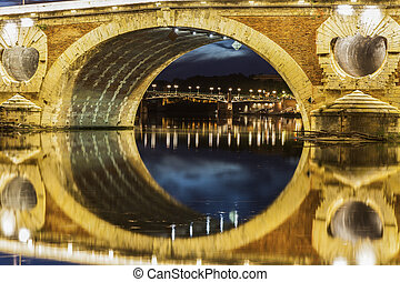 Pont-Neuf in Toulouse. Toulouse, Occitanie, France.